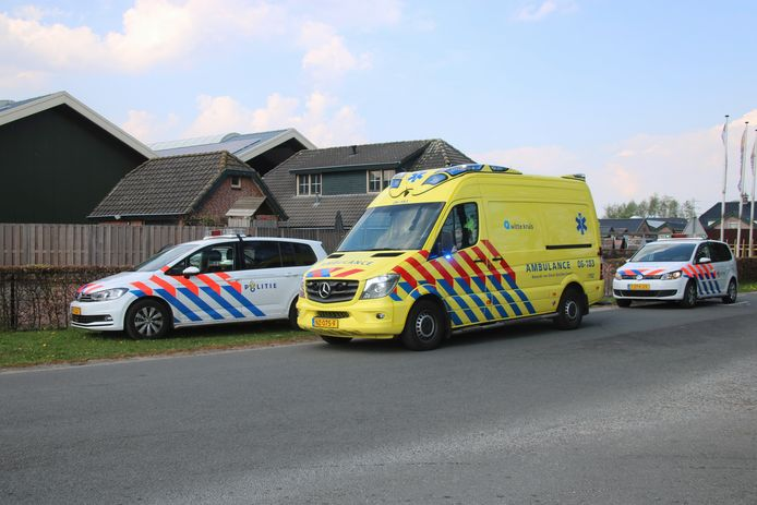 De hulpdiensten rukten zondag massaal uit naar de Oude Telgterweg in Ermelo.