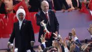 Erdogan unaniem herverkozen als voorzitter AKP