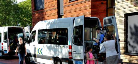 Hutjemutje in een rolstoelbus en 3 kwartier omrijden: klachten over vervoer kwetsbaren in Zwolle