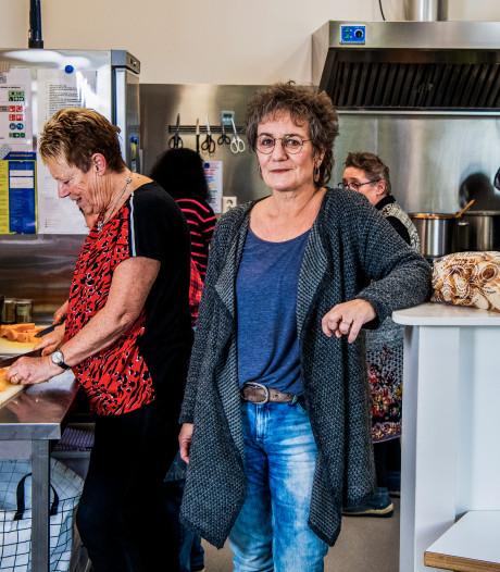 SAM Welzijn (500 vrijwilliges) vreest voor voortbestaan vanwege forse bezuinigingen op subsidie