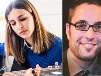 """Luka (17) debuteert met single over zelfdoding van haar papa: """"Dit lied uitbrengen, helpt me bij de verwerking van zijn overlijden"""""""