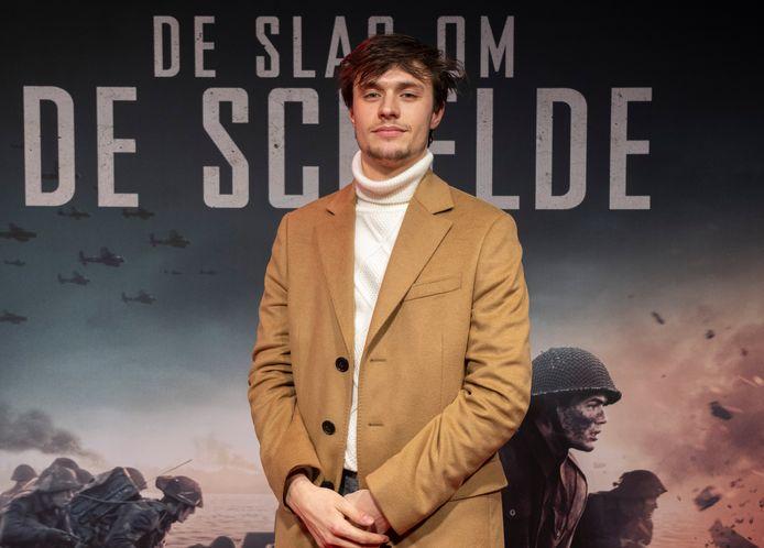 Acteur Gijs Blom op de filmpremière van De Slag om de Schelde.