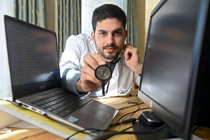 Dokter Axel de Aguirre.