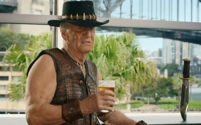 """Paul Hogan, alias """"Crocodile Dundee""""."""