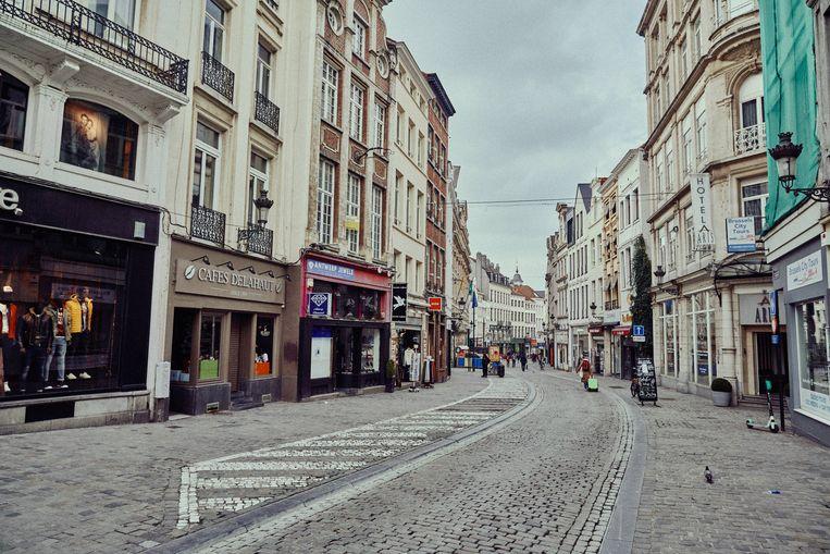 Een lege Veldstraat in Gent bij de eerste lockdown. Beeld Thomas Sweertvaegher