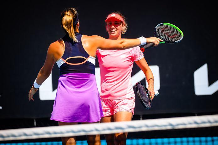 Elise Mertens heeft zich aan de zijde van de Wit-Russin Aryna Sabalenka geplaatst voor de finale van het dubbelspel op de Australian Open.