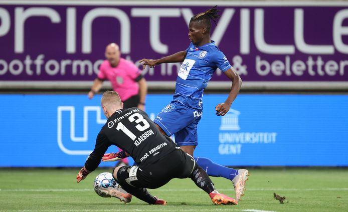 Nieuwkomer Vakoun Bayo, die al mocht invallen tegen Valerenga, maakt kans op meer minuten tegen STVV.