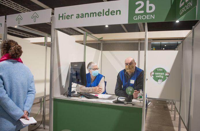 Vrijdag zijn er vaccinaties zonder afspraak in Ronse en zaterdag in Oudenaarde.