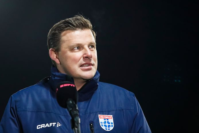 John Stegeman kon tevreden de balans opmaken na de eerste wedstrijd van PEC Zwolle in de tweede helft van het seizoen.
