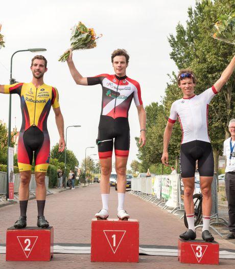 Remco Schouten wint in Oud-Vossemeer: 'Ik weet dat ik rap ben'