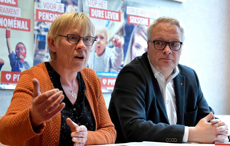 Maria Vindevoghel, PVDA-lijsttrekker voor de Kamerlijst in Brussel, en partijvoorzitter Peter Mertens.  Beeld Photo News