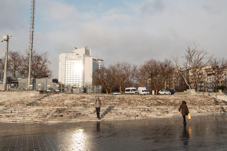 In het Gezipark, naast het Taskimplein, is een oprijlaan aangelegd voor de voertuigen van de oproerpolitie. Beeld Alex Kemman