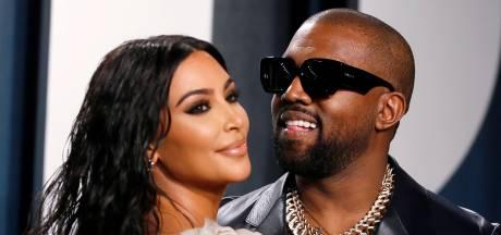 Kim Kardashian fait une apparition surprise au lancement de l'album de Kanye West