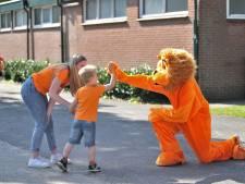Redichem kleurt Oranje op Wilhelminasportpark