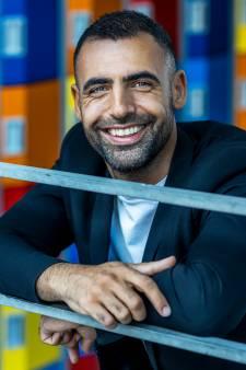 Hoe de vlucht naar Nederland Amin (34) voor altijd veranderde (en hij de beste docent van 2021 werd)