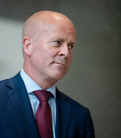 Knops' ministerie vroeg partijen om transparantie over giften, zijn eigen CDA weigerde