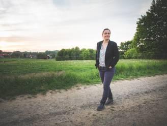 """Op wandel met Erika Vlieghe (48): """"Zorgeloosheid is het gevoel waar ik het meeste naar snak"""""""