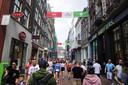 Looprichtingen in de Kalverstraat.