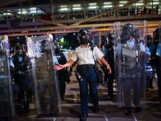 China roept op tot 'zero tolerance' na oproer in Hongkong