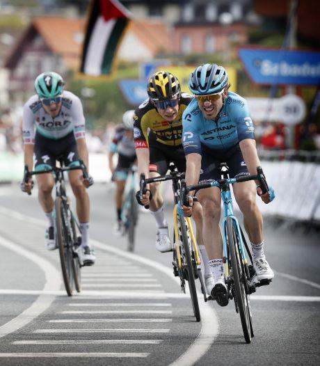 Izagirre wint millimetersprint, McNulty rijdt Roglic uit het geel