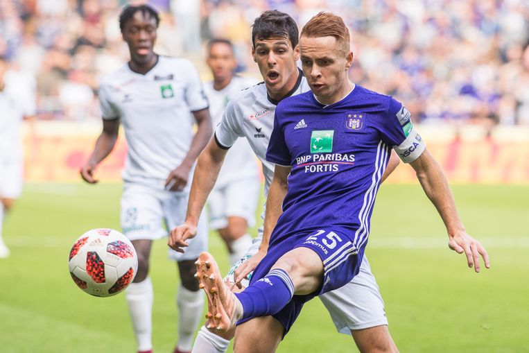 Anderlecht-speler Adrien Trebel (vooraan). Beeld BELGA