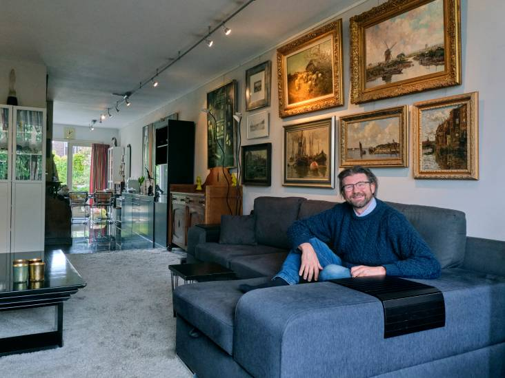 Het huis van Koos kijkt uit op een schilderachtig tafereel, maar ook binnen is het een groot kunstwerk