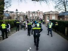 Politiechef Dros na geweld op Koningsdag: 'Jij, toetsenbordheld op sokken. Het is niet de vraag of, maar wanneer we je komen halen'