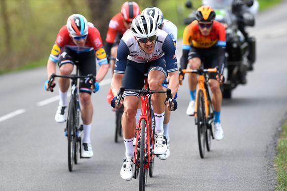 Jasper Stuyven, de winnaar van de Omloop, op kop.