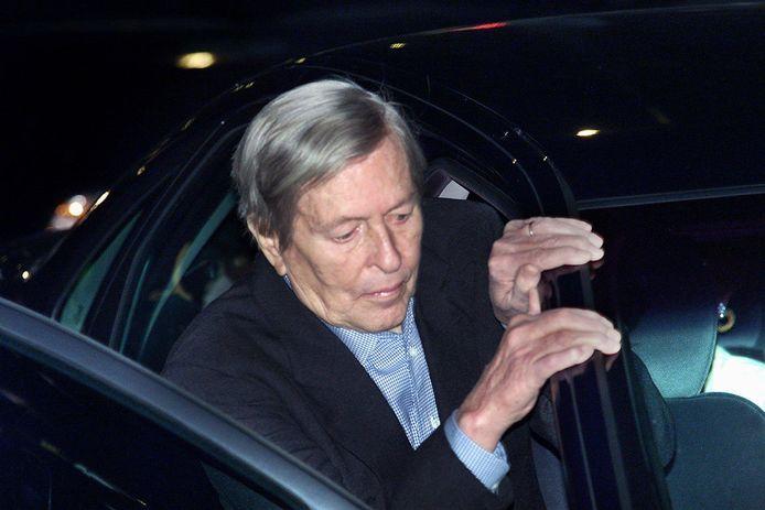 Frans van Vught betreurt dat hij de indruk heeft gewekt dat de omstreden Enschedese neuroloog Ernst Jansen Steur prins Claus  behandelde voor diens ziekte van Parkinson.