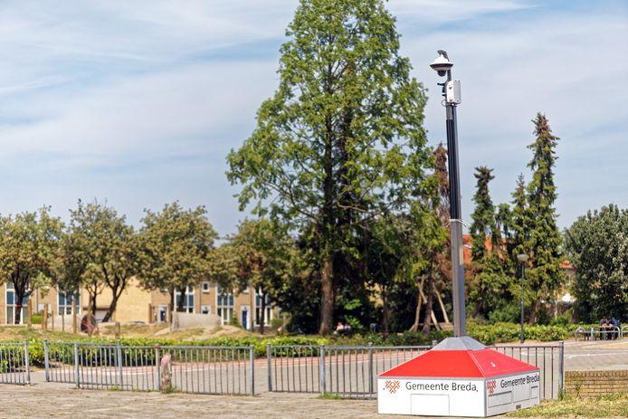 In de Oosterhoutse wijk Oosterheide is een camera geplaatst aan de Kamerlingh Onnesstraat, nadat de burgemeester eerder maatregelen heeft aangekondigd om overlast tegen te gaan.