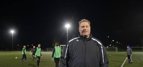 Trainer René Scholts blijft bij Bruse Boys