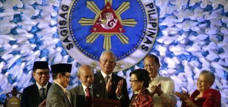 Filipijnen sluiten vrede met islamitische rebellen MILF