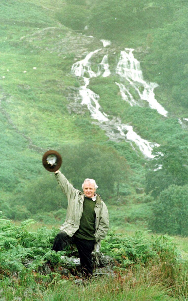 Sir Anthony Hopkins in 1998 in Snowdonia. Beeld Hollandse Hoogte / PA Images / Alamy