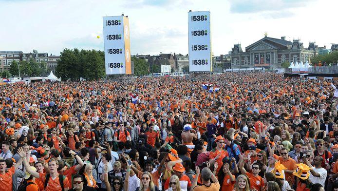 Het Museumplein tijdens de wedstrijd Nederland-Chili op 23 juni.