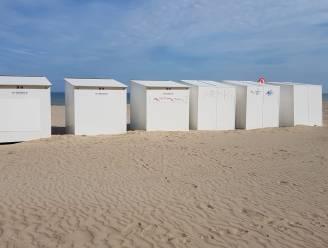 26 strandcabines opengebroken en of beschadigd