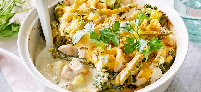mmm-ovenschotel-met-aardappel-kip-brocoli-paprika-en-kruidenkaas.jpg