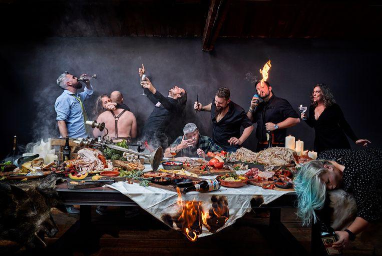 Kraaijevelds winnende foto (eerste prijs) After Party in kookboek BBQ Feast on Fire. Beeld Remko Kraaijeveld