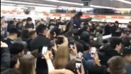 Honderden jongeren herleiden Mediamarkt tot ravage