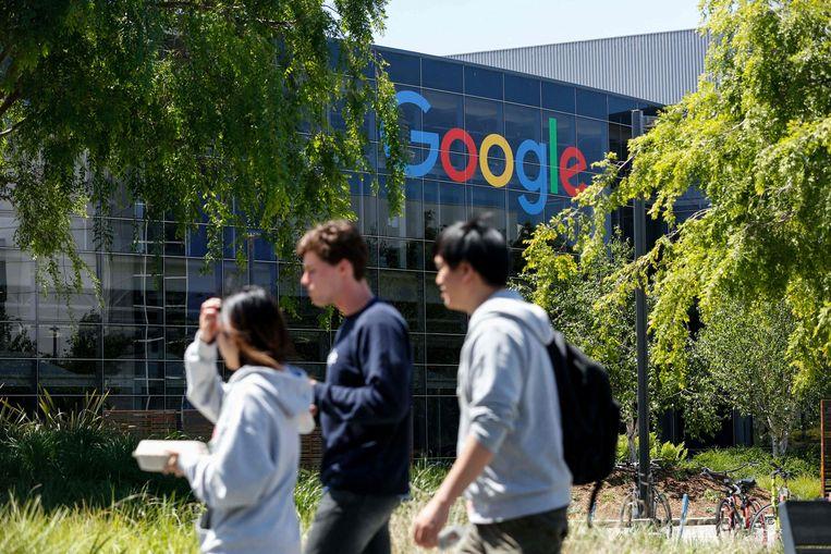 Voor bedrijven als Google, Facebook en Apple, zogenaamde 'poortwachters', komen extra regels.  Beeld AFP