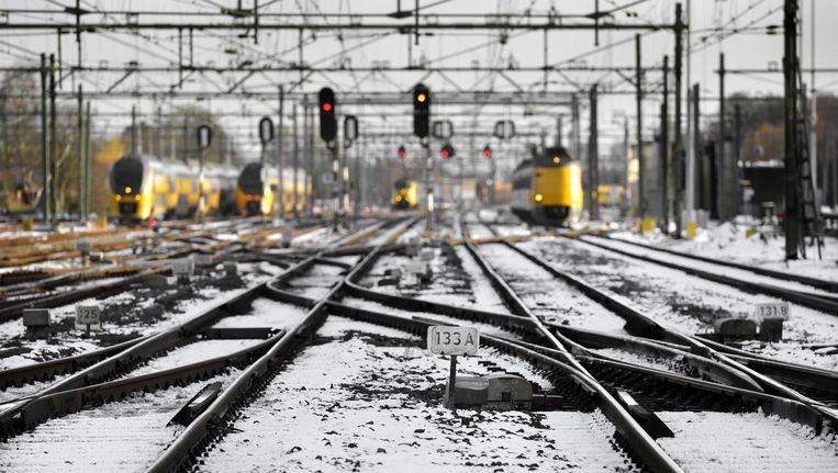 Ondanks de nieuwe dienstregeling rijden er zondag minder treinen door Nederland Beeld anp