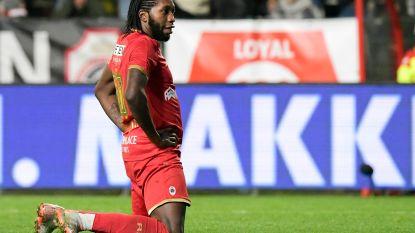 """Mbokani wil bij Antwerp blijven, maar niet voor één seizoen: """"Of ik blijf of vertrek, hangt van de club af"""""""