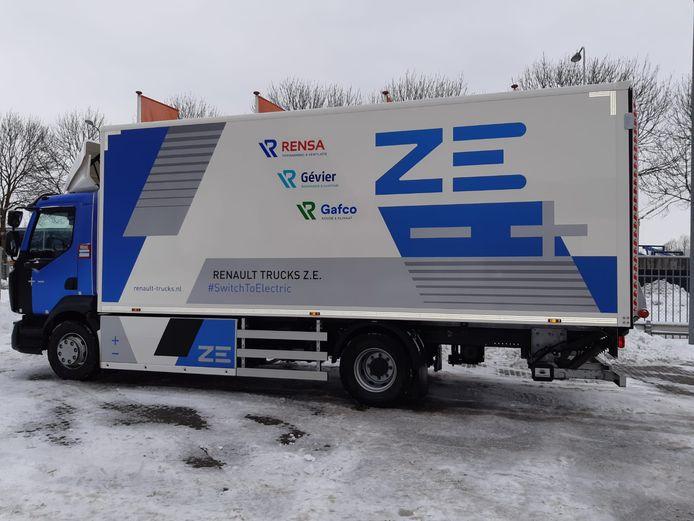 De elektrische Renault-truck waarmee Rensa door de regio rijdt.