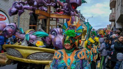 44ste internationale carnavalstoet trekt door het centrum