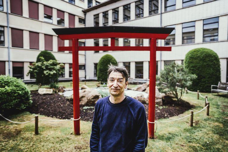 Luk Van Haute: 'In Japan is vooral de 'lite'-novel in opmars, een genre dat baadt in sentiment. Hoe meer tranen, hoe beter.' Beeld ID/Stefaan Temmerman