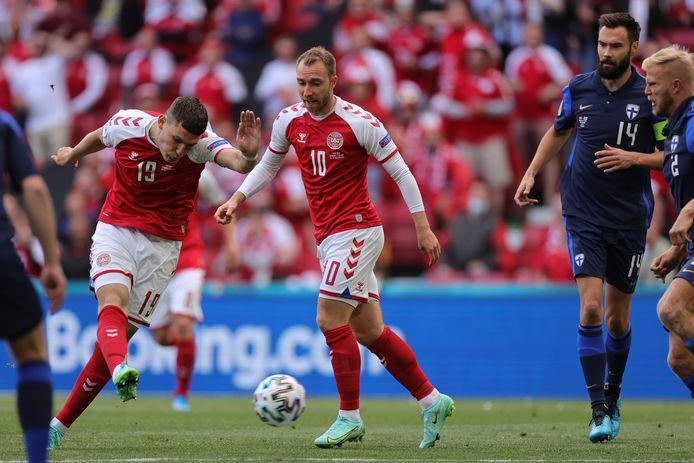 LIVE | Denemarken met Eriksen zet debutant Finland vol onder druk in  openingsfase | Euro 2020 | bd.nl