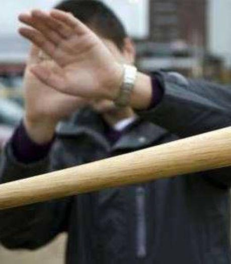 Tien jaar cel voor aanslagen op broers met vuurwerk en honkbalknuppel: 'Betaal ons'