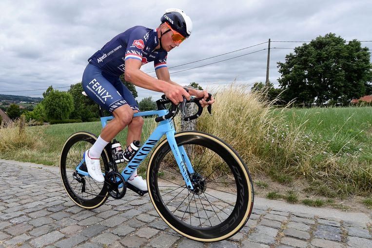 Van der Poel op 30 juni op de Paterberg tijdens een verkenning van de Ronde van Vlaanderen.