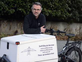 """Willem Delrue maakt op zijn 52ste droom waar na carrière en ontslag bij Proximus: """"Ik herstel nu fietsen op locatie"""""""