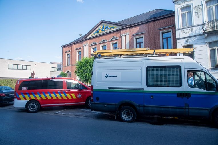 De brandweer van Wetteren kwam ter plaatse voor controle in de Academie.