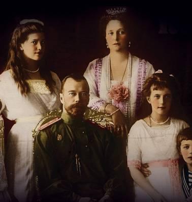 Honderd jaar na de moord op de Romanovs is Ruslands laatste tsarenfamilie nog altijd niet herenigd